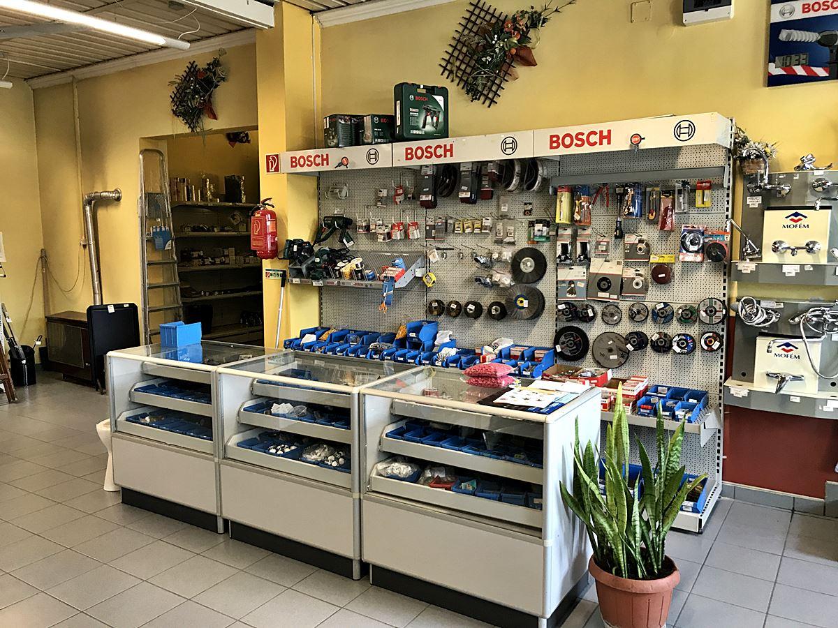 színesfém és műanyag bolt Székesfehérváron
